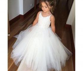 F30 Cute Flower Girl..
